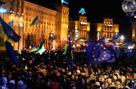 Kiev protesters denounce Ukraine rejection of EU pact